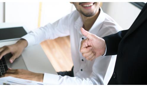 善用「教育式回饋」,協助同事共同成長
